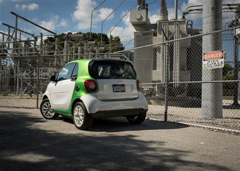 Image 2017 Smart Fortwo Electric Drive  First Drive