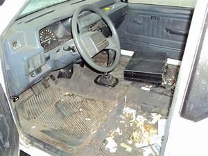 1995 MITSUBISHI TRUCK MIGHTY MAX MODEL REGULAR CAB 2 4L MT