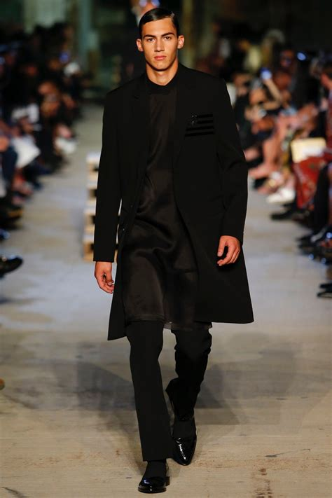 givenchy shows springsummer  collection