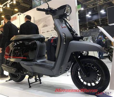 Lambretta V200 Special Modification by Lambretta Adds Pirelli V 200 Motorbike Writer