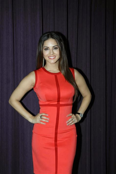 high quality bollywood celebrity pictures sunny leone