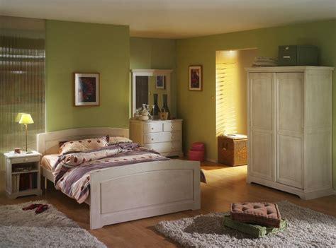 chambre en pin chambre couleur argile raliss com