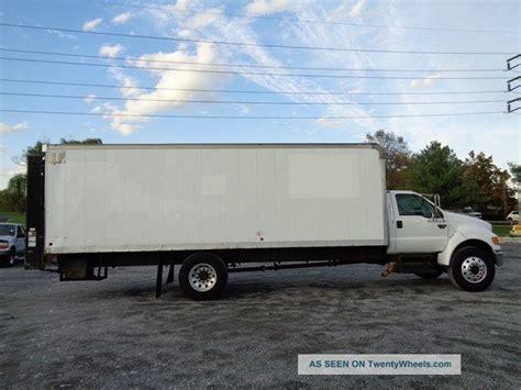 ford   box truck   lb lift gate