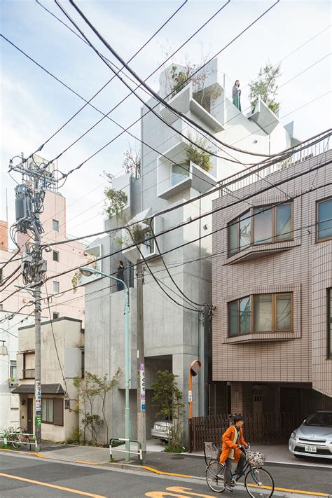 Tree Ness House In Tokio by Akihisa Hirata Completes Tree Ness House In Tokyo