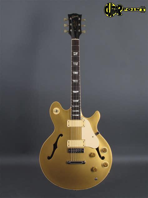 gibson les paul signature  gold metallic guitar