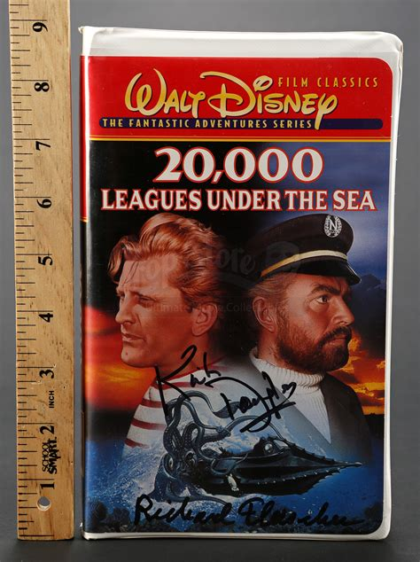 signed vhs tape prop store ultimate  collectables