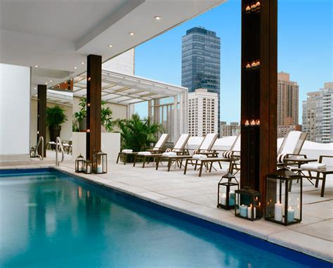 rooftop pools  nyc  defeat  summer heat