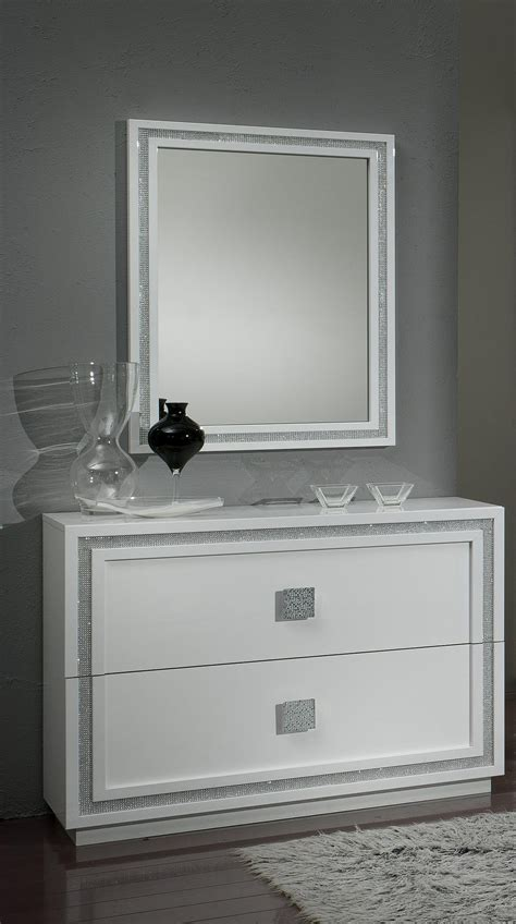 chambre d h es romantique awesome commode chambre design gallery matkin info