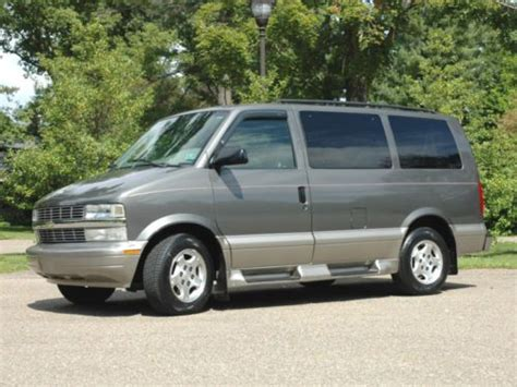 Sell Used 2003 Chevy Astro 8 Pass Family Mini Van Awd