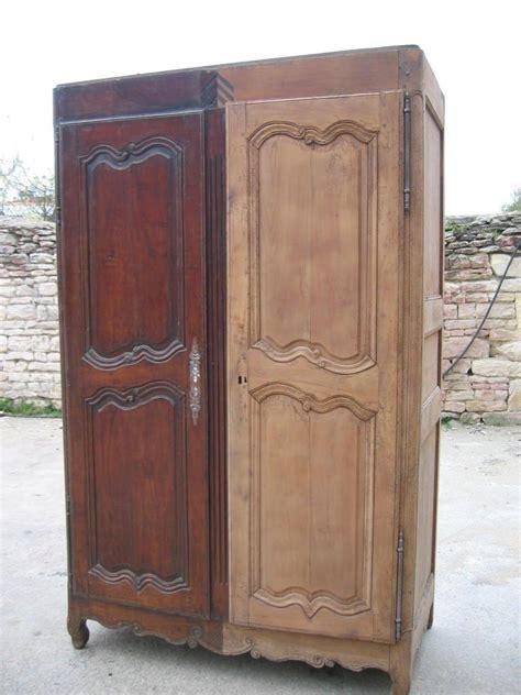 comment decaper une armoire metallique comment d 233 caper un meuble verni meubles astuces et loin