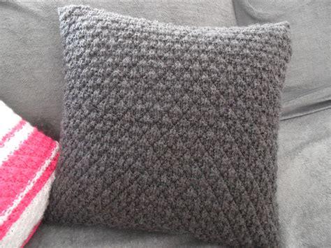 plaid turquoise pour canapé comment tricoter une housse de coussin