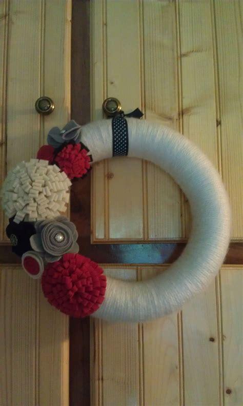 yarn wrapped felt flower wreath    ribbon  hang  wreaths flower wreath