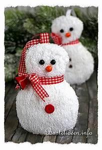 Schneemann Basteln Styropor : n hen f r weihnachten schneemann baumanh nger aus ~ Lizthompson.info Haus und Dekorationen
