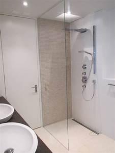 Bilder Moderne Badezimmer : die besten 25 begehbare dusche ideen auf pinterest badezimmer innenausstattung badezimmer ~ Sanjose-hotels-ca.com Haus und Dekorationen