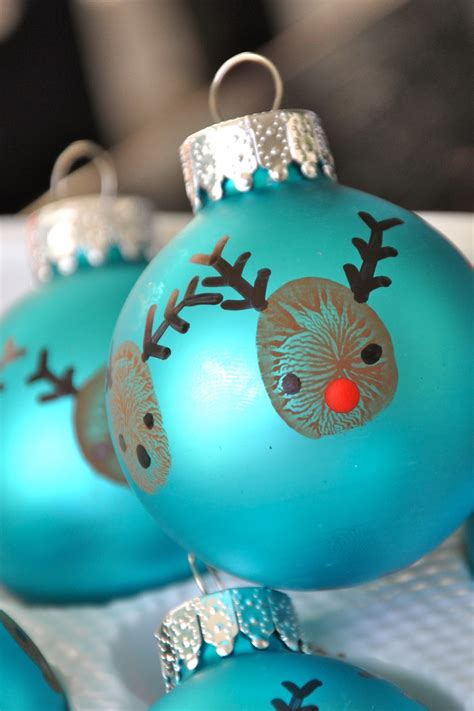 stylish christmas crafts bit funky 20 minute crafter reindeer thumbprint ornaments