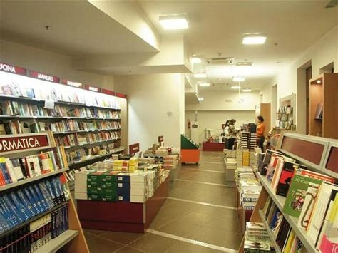 Libreria Mondadori Castellammare Di Stabia by Sala 1 Foto Di Stabia Castellammare Di Stabia