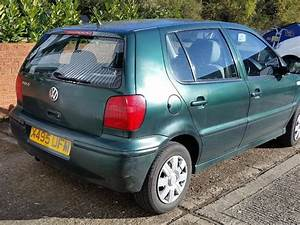 Volkswagen Polo 1 4  Year 2000  Green Colour  Hatchback
