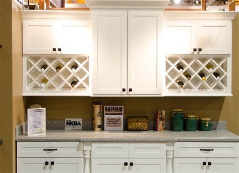 white shaker cabinets wholesale white shaker cabinets wholesale good kitchen cabinets