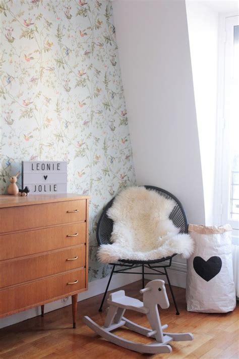 chambre fille vintage best 25 retro wallpaper ideas on retro