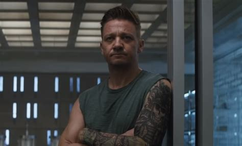Avengers Ronin Display Has Best Look New Jeremy Renner