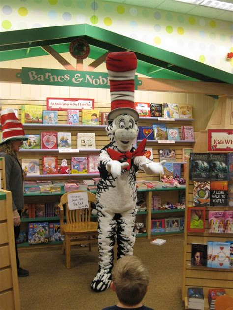 barnes and noble cedar hill tx barnes and noble hill country galleria cat in the hat