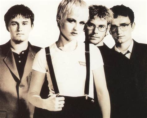 840x675px The Cranberries 46.99 Kb #342337
