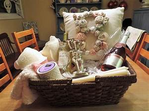 bridal shower gift basket With diy wedding gift basket