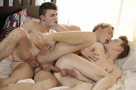Classroom Twink Pals Experiment In Dirty