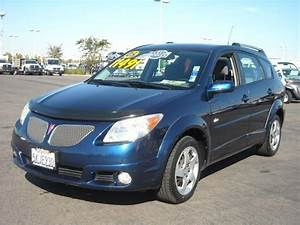 2005 Pontiac Vibe - Information And Photos