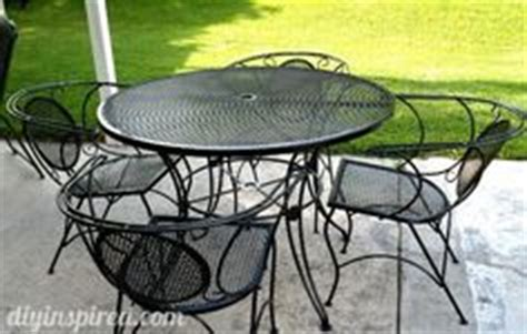 repainting metal patio furniture via 1 use wire