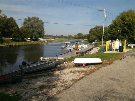 Fishing Boat Rentals Fox Lake by Boat Rentals Fish Tales Bait And Liquor