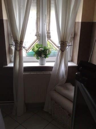 chambre photo 4 6 rideaux blancs babou stores keria