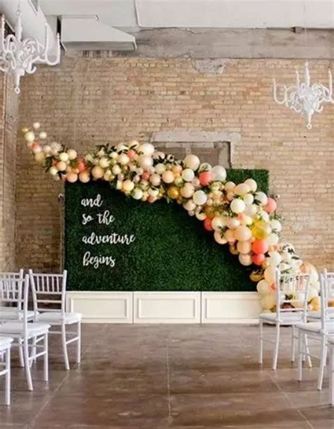 totally irresistible wedding balloon ideas brasslook