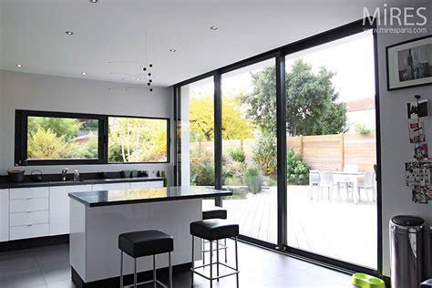 baie de cuisine incroyable meuble haut vitre cuisine 10 baie vitr233e