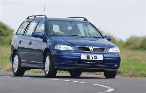 Opel Astra Estate by Vauxhall Astra Estate Review 1998 2004 Parkers