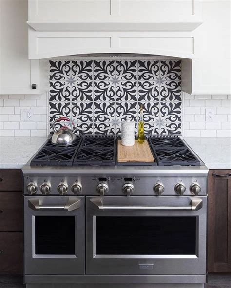 kitchen backsplash pictures ideas and designs of