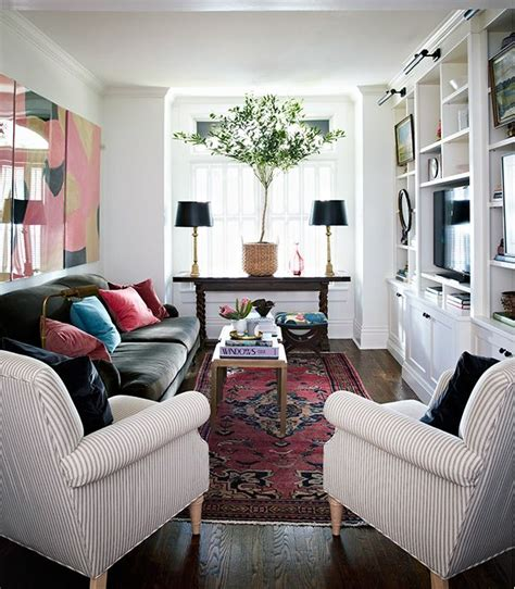 Decorating Ideas For Narrow Living Rooms by Best 25 Narrow Living Room Ideas On