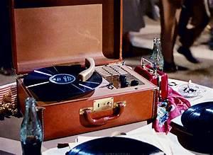Vintage Record Player | Tumblr