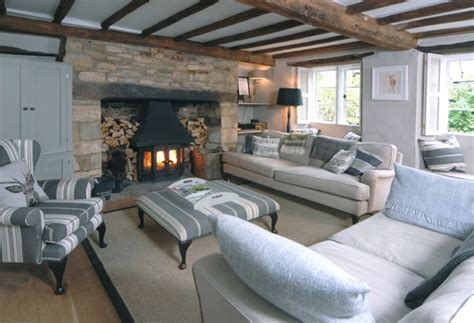 cottage hire cotswolds premium cotswold cottages rental agency jigsaw holidays