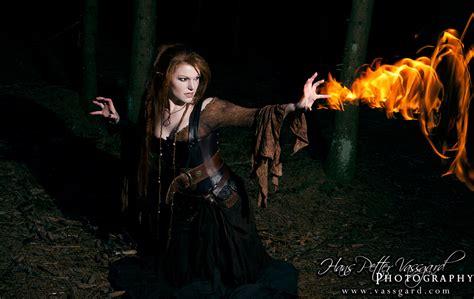 Sorceress Iv By Taragon On Deviantart