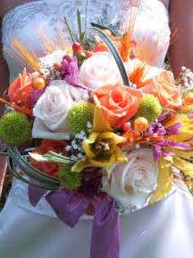 flowers for wedding bouquets summer wedding flowers