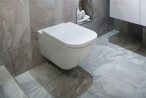 chaise wc pour handicap quel wc choisir pour une personne en situation de handicap
