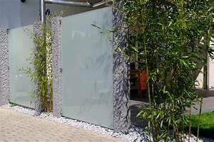sichtschutz terrasse metall kunstrasen garten With französischer balkon mit fluoreszierende steine garten