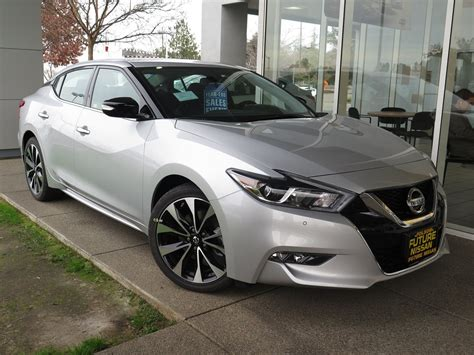New 2018 Nissan Maxima Sr 4dr Car In Roseville #f11832