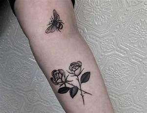 Tatouage De Rose : tatouage de rose 15 bonnes id es vues sur instagram ~ Melissatoandfro.com Idées de Décoration