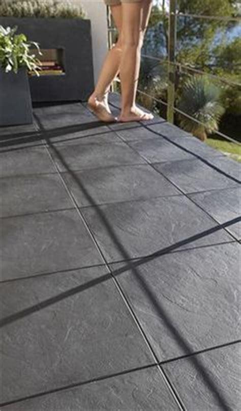 comment poser du carrelage sur un balcon 1000 ideas about dalle pour terrasse on dalle de terrasse dalles beton and