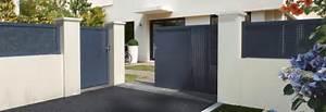 Portail et porte dentree transformer sa facade de maison for Amenagement exterieur maison neuve 7 nos conseils pour choisir le plan de votre nouvelle maison