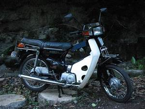 1985 Honda Astrea 800 Classic Motorcycle Pictures