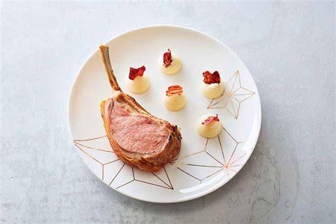 dressage en cuisine dressage d une assiette de triples côtes d agneau aux