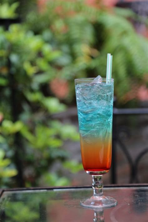 50 Deliciously Easy Summer Cocktail Recipes